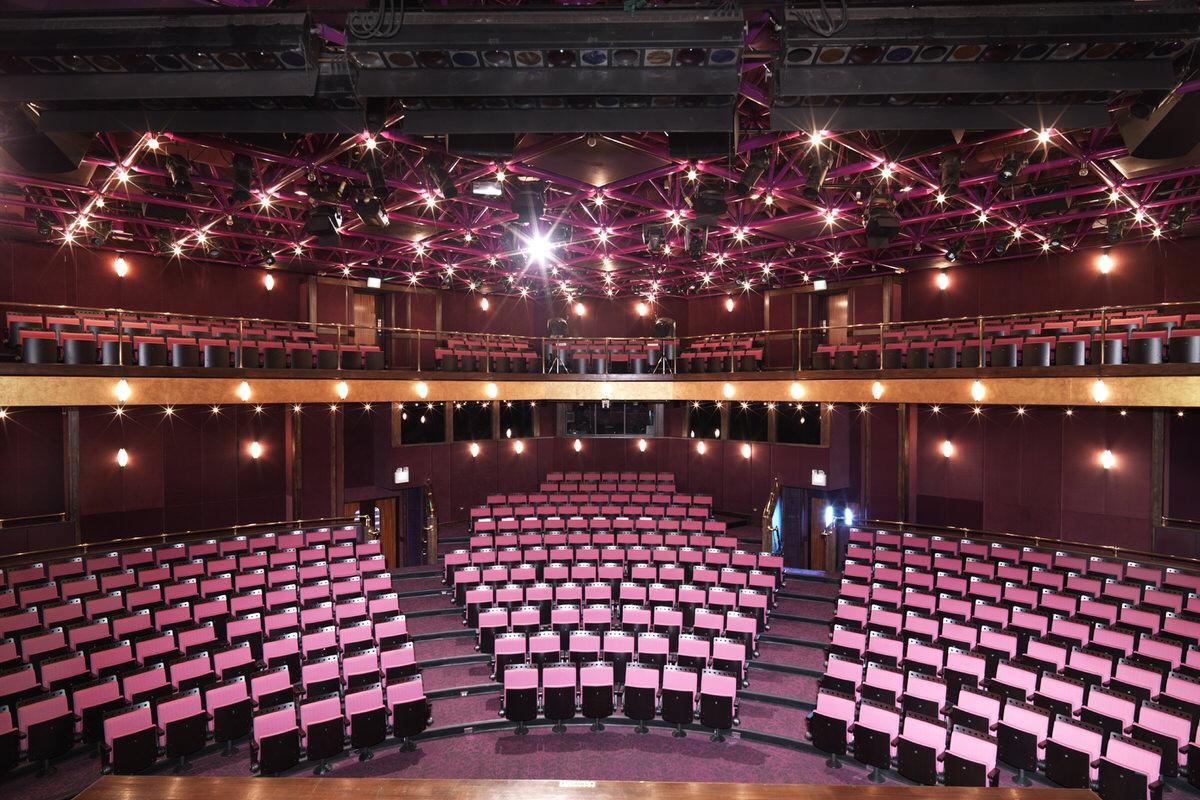 3-auditorium-interior