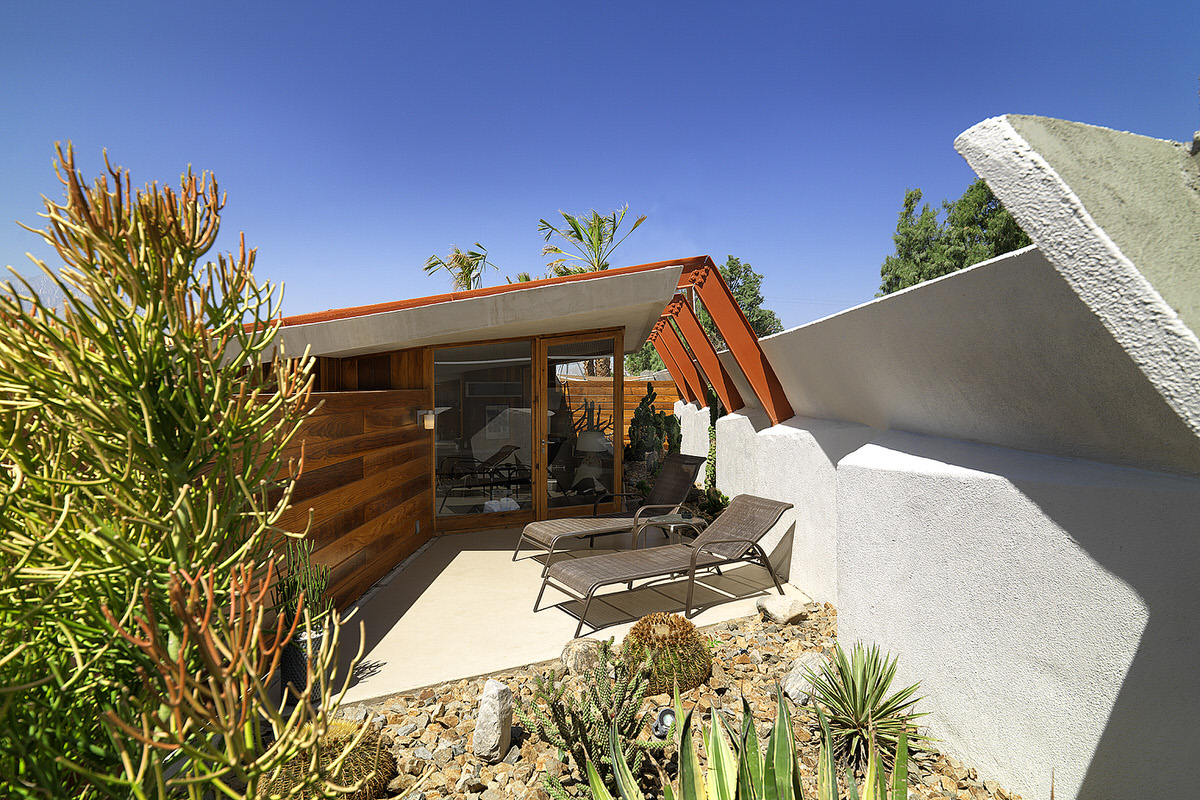 palm springs, lautner hotel, contemporary desert architecture