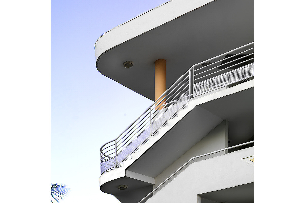 5-social-housing_caribbean-island-exterior-stair-guardrail
