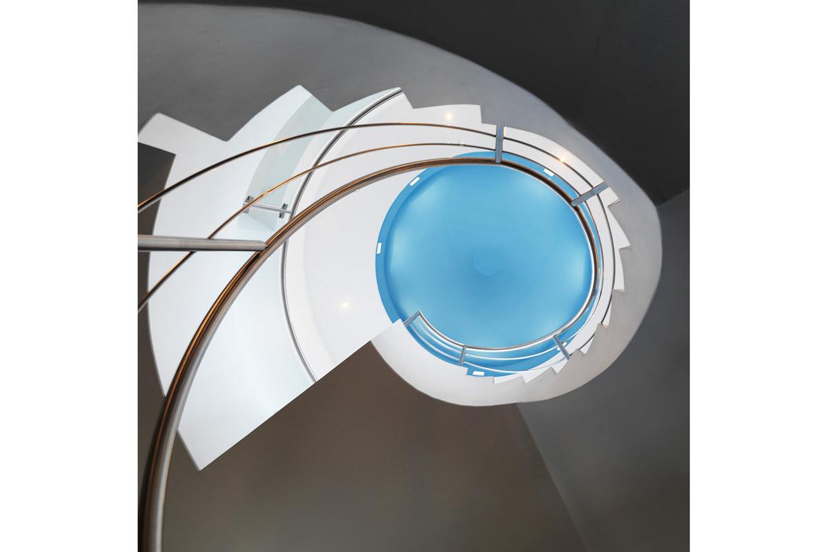 brisbane-ogarro-alvaranga-modern-home-5.Fish House_082