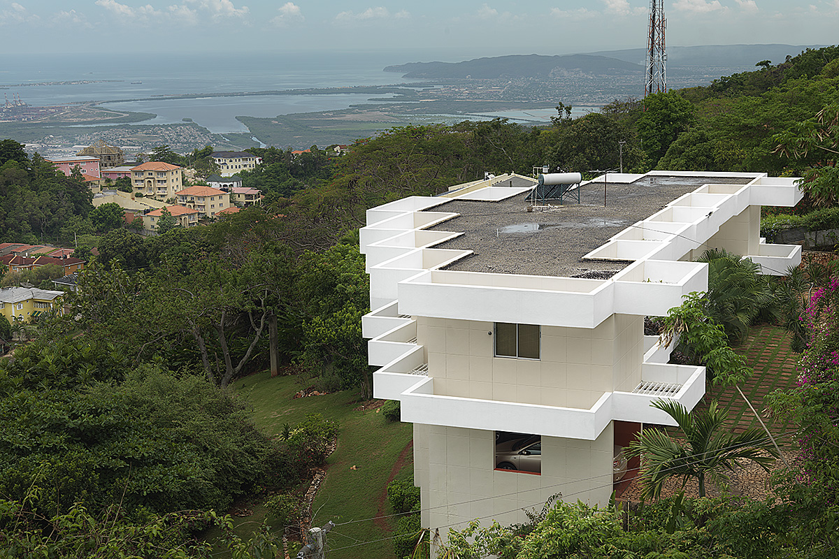 contemporary-caribbean-overlooking-kingston-cantilevered-sunscreens