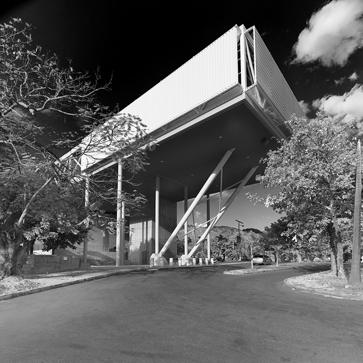 medical-sciences-facility-laboratory
