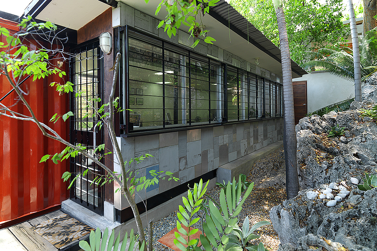 02_shipping-container-architecture-office