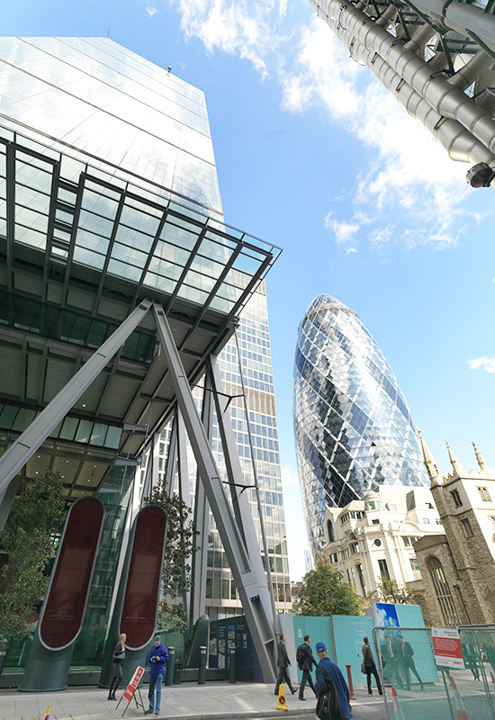 london-cheese-grater-commercial union-gherkin