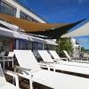 seaside-tensile-shaded-deck-03-jpg