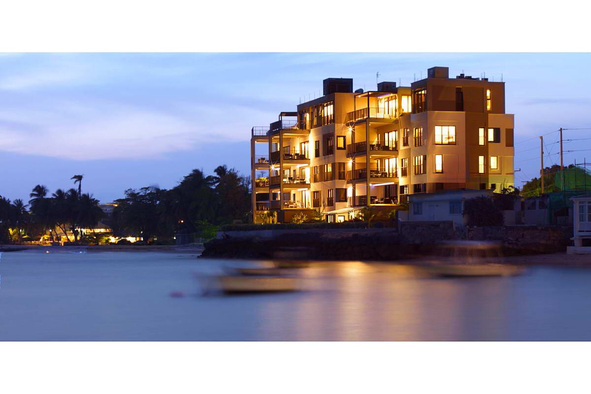 006-ocean_reef_apartments-ocean-view-exterior