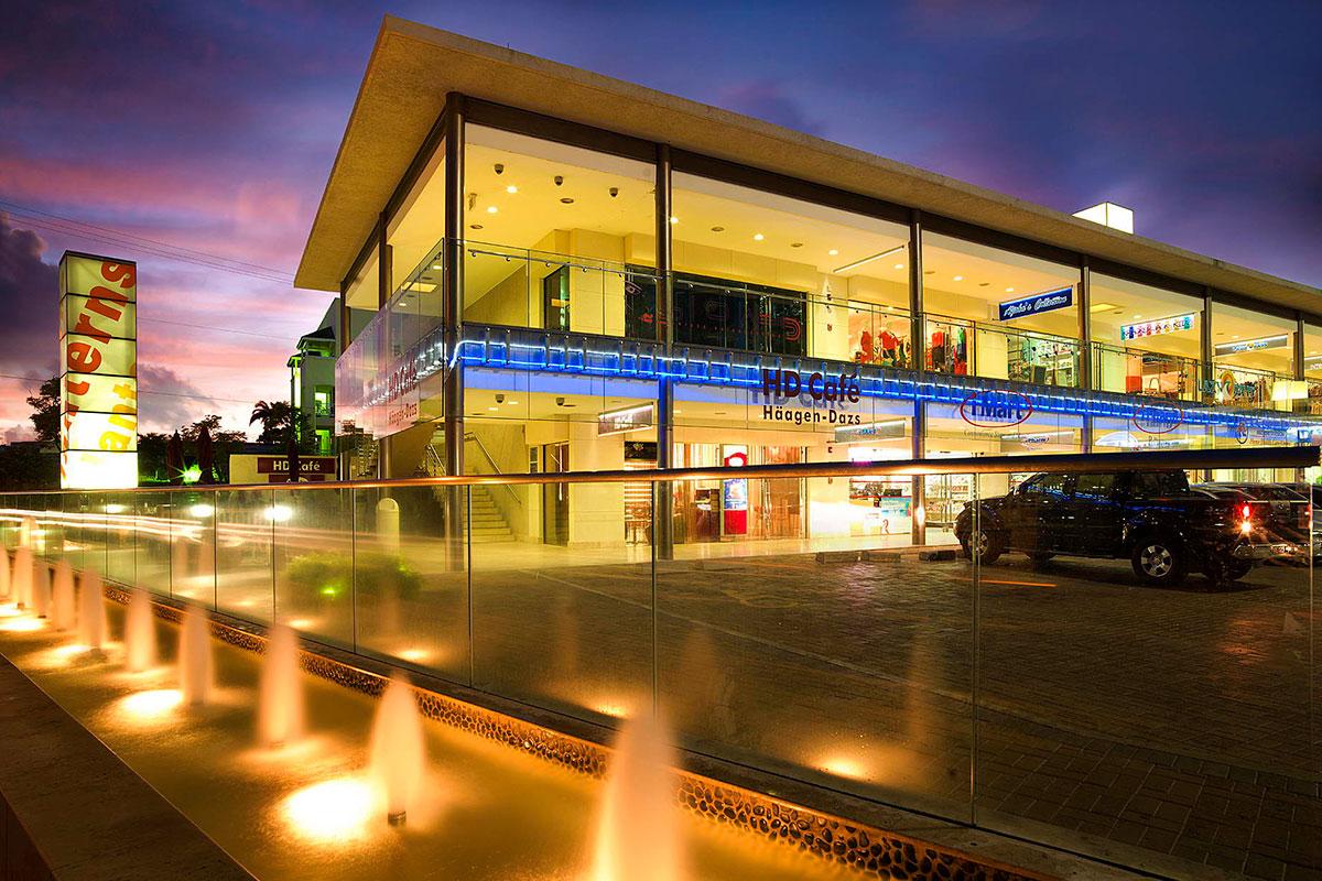 3-caribbean-modern-architecture-shopping-center