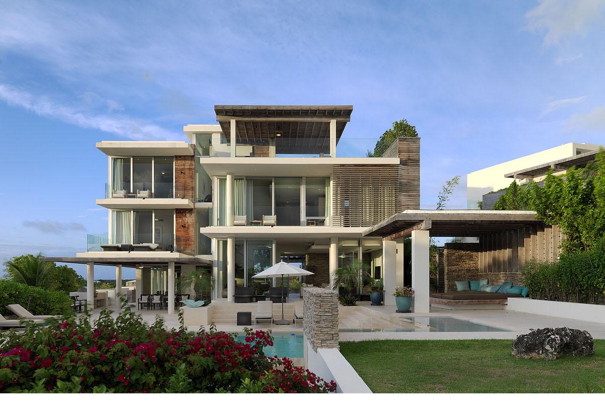 2-modern-caribbean-seaside-house-windows