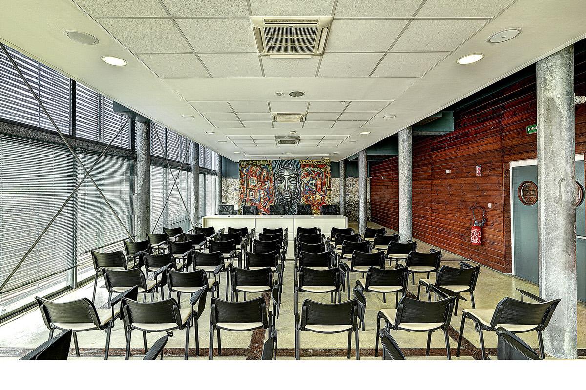 3.HQ Communante_0014-modern-wood-screen-exterior