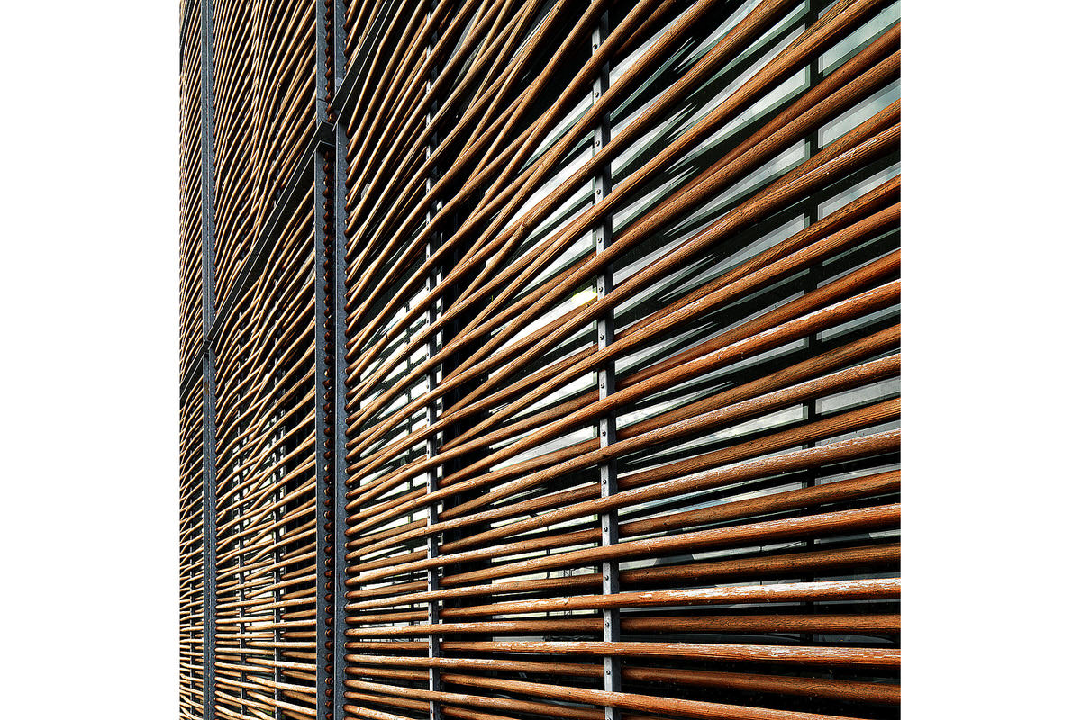 4.HQ Communante_0069-modern-wood-screen-exterior