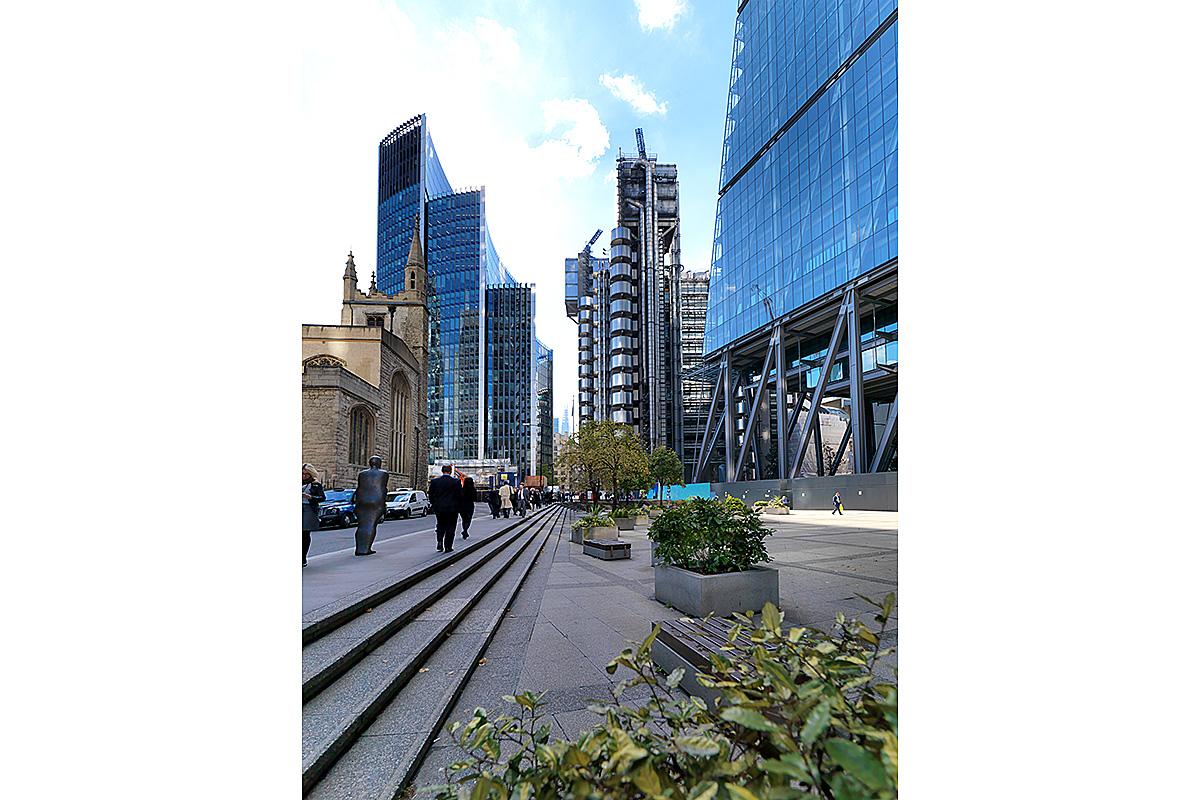 10_willis-lloyds-leadenhall-london