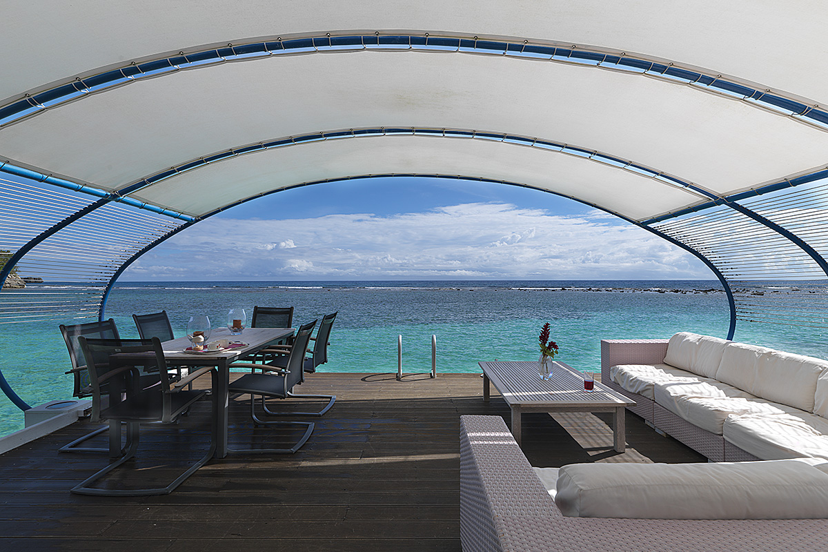 seaside-tensile-shade-structure-02